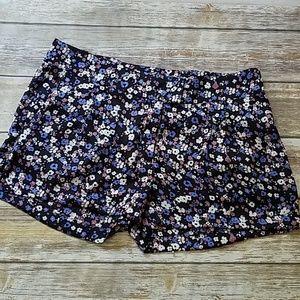 NWT🌻Forever 21 Teeny Tiny Floral Shorts